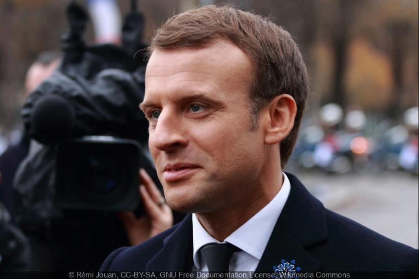 """Covid : """"de nouvelles mesures"""" seront prises dans les prochains jours, selon Emmanuel Macron"""