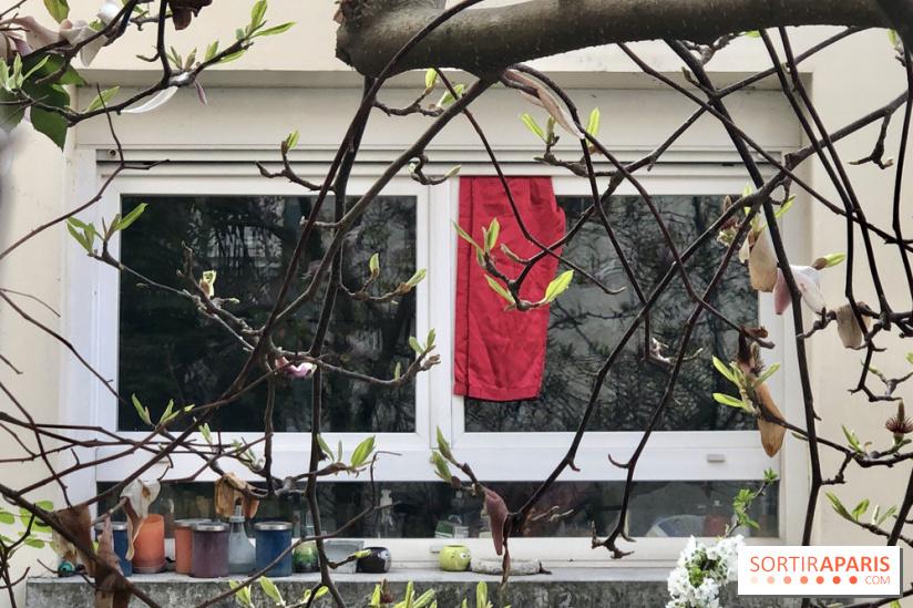 Solidarité : Un chiffon rouge pour alerter les voisins et rompre l'isolement du coronavirus