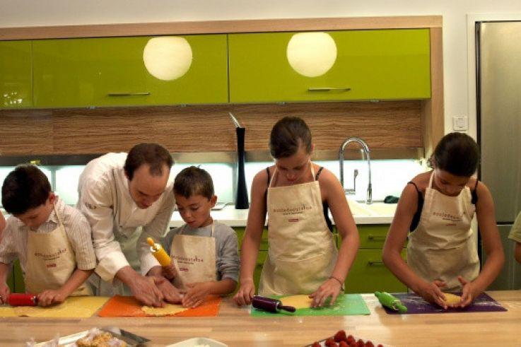 La Cuisine Pour Les Kids A L Ecole De Cuisine Alain Ducasse
