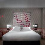 Le Crayon Rouge : hôtel coloré et arty