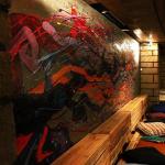 Les Ecuries : nouveau bar culturel, artistique et solidaire à Paris