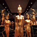 Statues contenues dans le tombeau de Toutankhamon