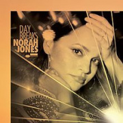 Norah Jones en concert au Palais des Sports de Paris en juillet 2017