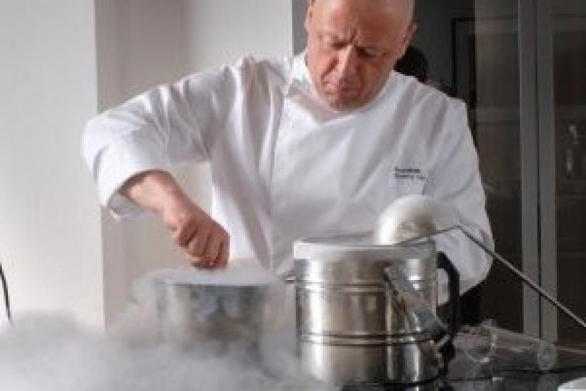 Thierry marx ouvre une cole de cuisine gratuite paris - Ecole de cuisine ferrandi paris restaurant ...