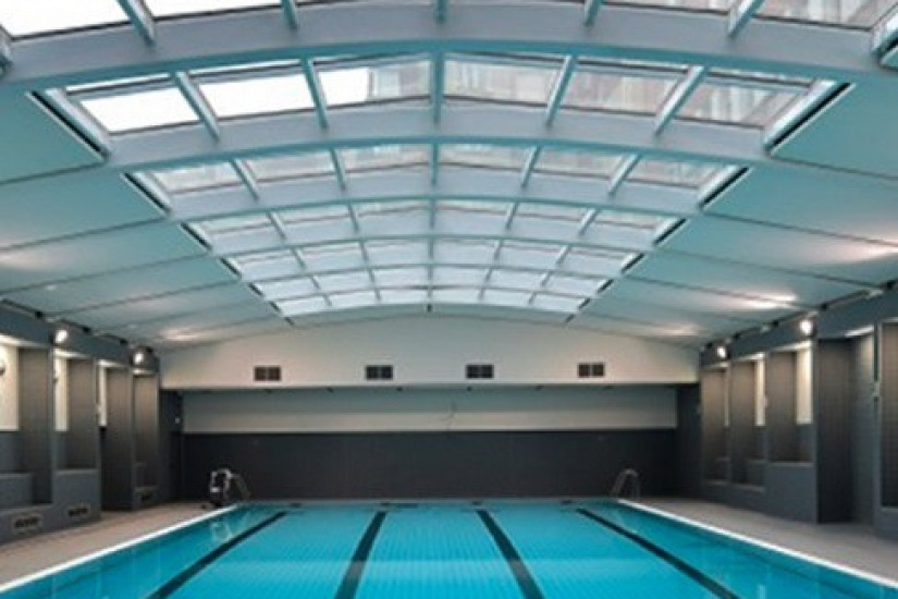 La piscine balard du minist re de la d fense ouverte aux for Piscine ouverte