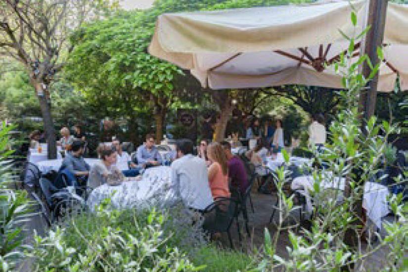Ap ro p tanque au jardin cach de la gare - Au jardin restaurant paris ...