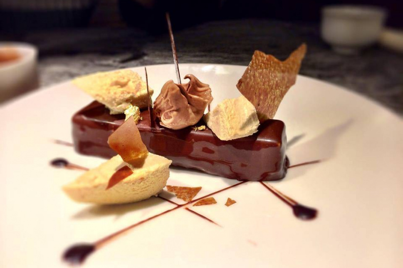 dessance bar gastronomique de desserts l 39 assiette. Black Bedroom Furniture Sets. Home Design Ideas