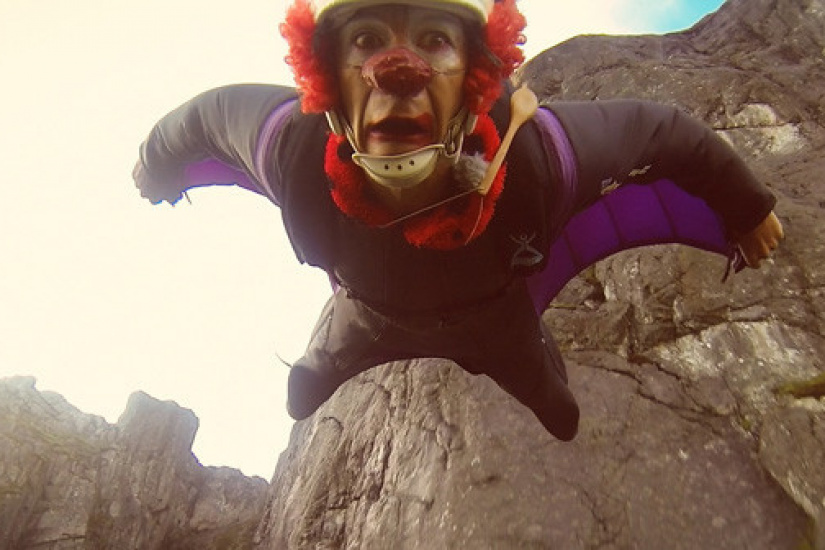 Back to theFjords_clown flight