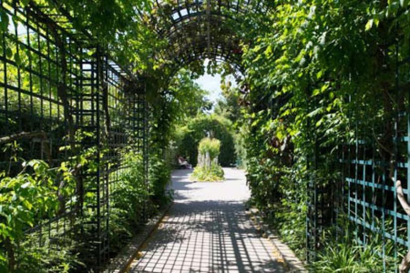 La ville de paris tend l ouverture matinale 10 parcs et - Parcs et jardins de paris ...