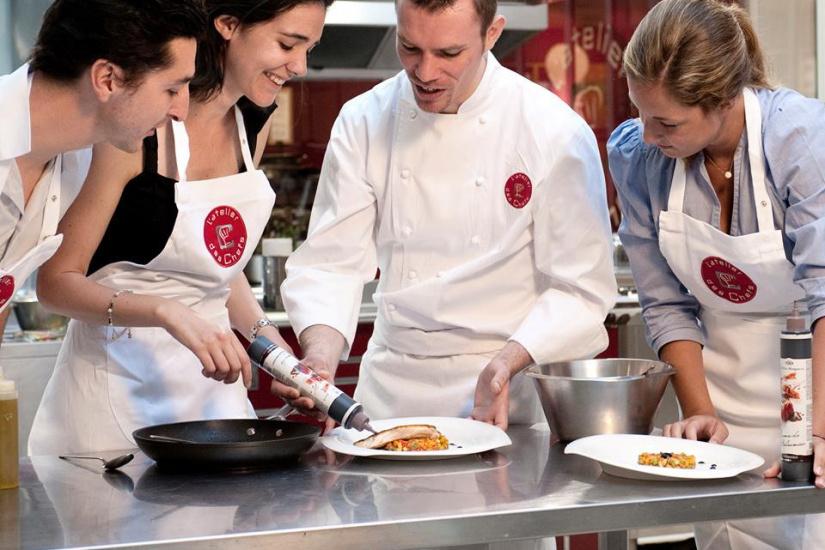 L 39 ecole alain ducasse apprenez cuisiner comme un chef - Cours de cuisine amateur ...