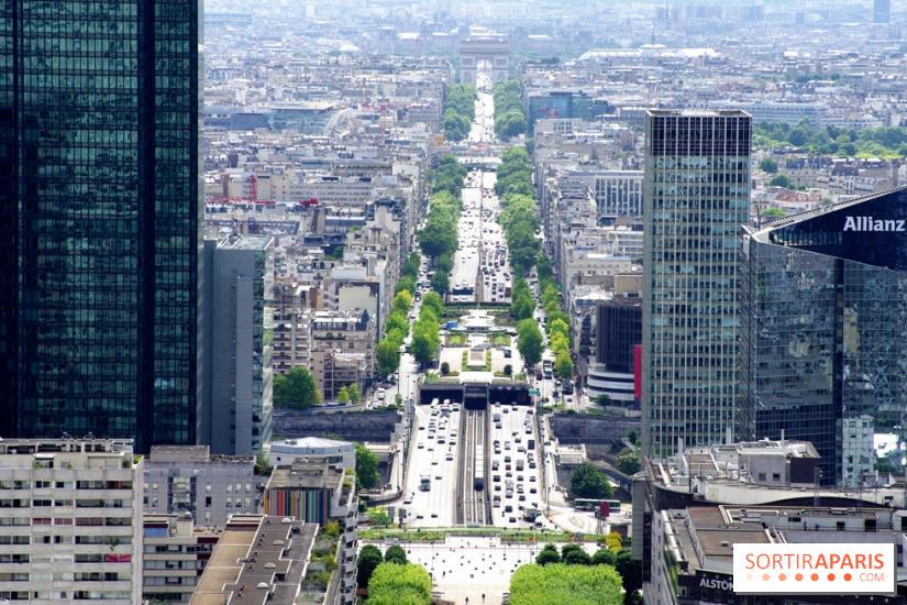 La Défense Grande Arche roofto...
