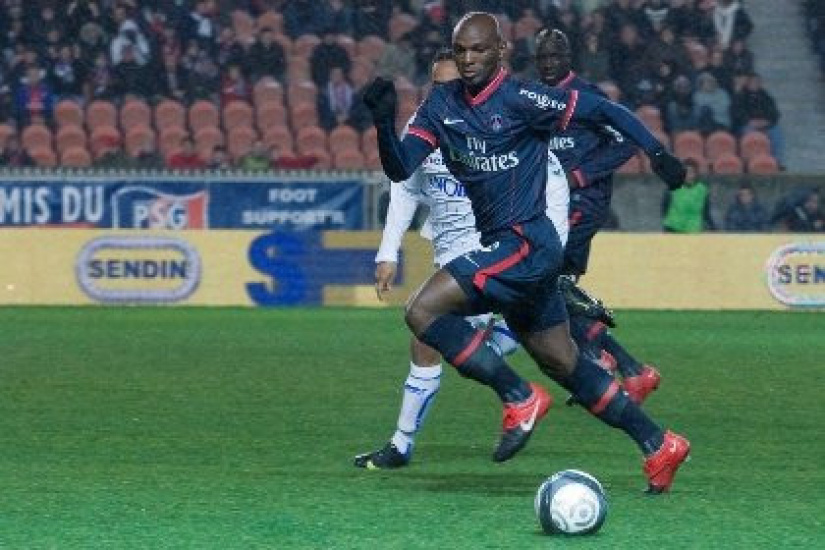 Rennes : Notes > Paris a sombré