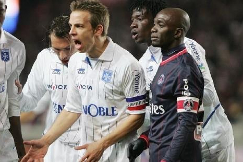 Ligue 1 : Paris résiste... Sans briller