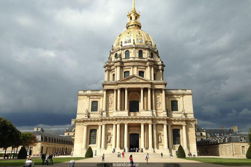 L Eglise Du D 244 Me Et L Eglise Saint Louis Des Invalides