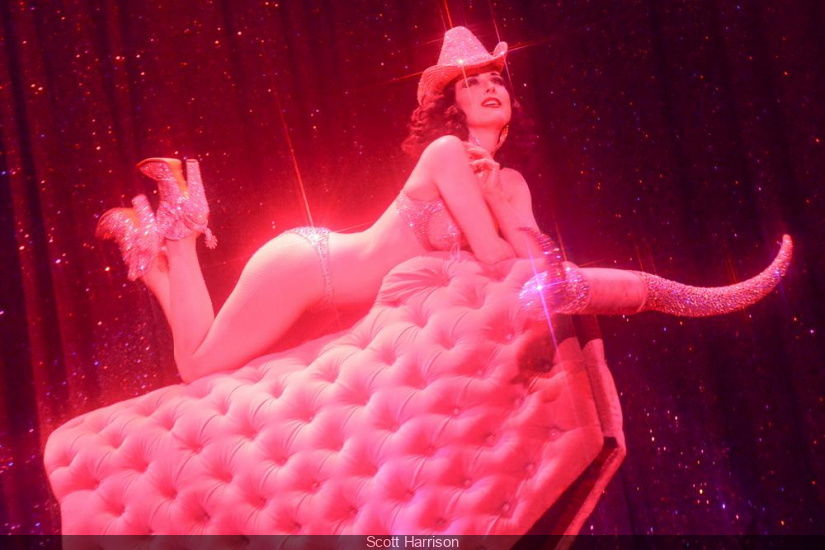 "Dita Von Teese sera au Casino de Paris avec son spectacle ""The art of the Teese"""