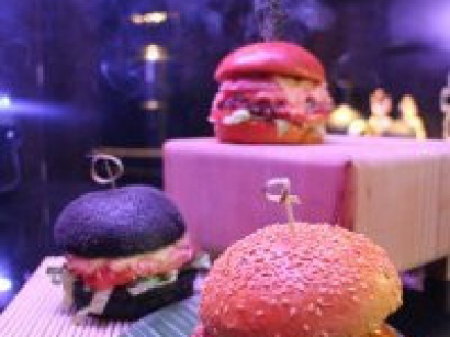 Le Makassar Lounge lance sa collection de burgers