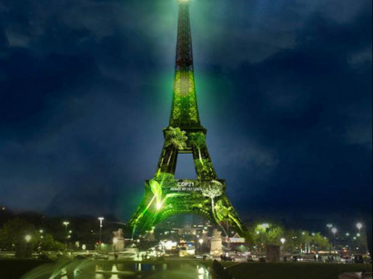 COP21 : One Heart One Tree, une forêt à la Tour Eiffel