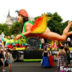 Les Carnavals de Paris 2013
