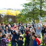 La Chasse aux oeufs du Secours Populaire au parc André Citröen 2018
