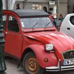 Automobile : poser un autocollant sur sa plaque d'immatriculation est désormais interdit et illégal
