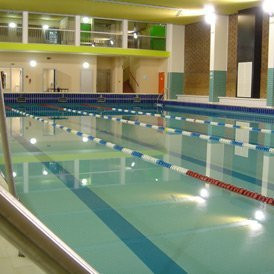 Les piscines paris 10 me arrondissement for Aquagym piscine paris