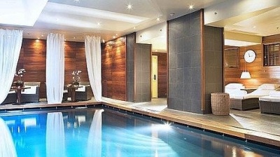 Guide des piscines parisiennes les piscines priv es for Piscine sauna paris