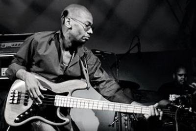 REGGIE WASHINGTON feat. RAVI COLTRANE & GENE LAKE (20h)