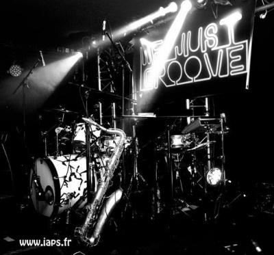 We Just Groove #3, Glazart