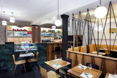 cartel nouveau restaurant gourmand canal saint martin. Black Bedroom Furniture Sets. Home Design Ideas