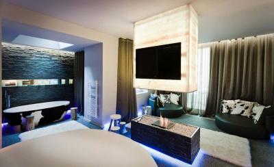 7 suites en 1 nuit au Seven Hôtel