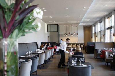 Le Restaurant du Lagardère Paris Racing a ouvert ses portes