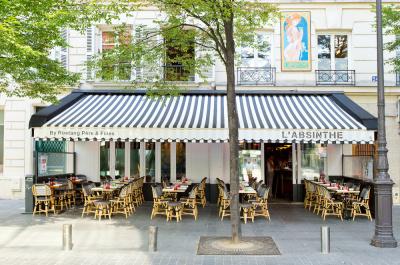 La nouvelle terrasse de l'Absinthe, place du Marché Saint Honoré