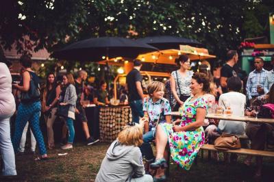 Streat Market : le rendez-vous de street food Porte de Clignancourt
