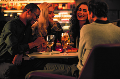 Vapiano Bercy Village lance les happy wine hours et les afterwork