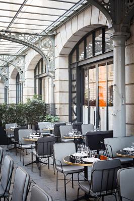 Le lazare inaugure sa nouvelle terrasse - Restaurant gare saint lazare ...
