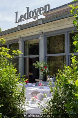 Le Pavillon Ledoyen ouvre sa terrasse estivale éphémère