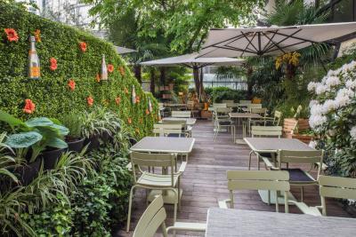 la table du huit ouvre son potager veuve clicquot en terrasse. Black Bedroom Furniture Sets. Home Design Ideas