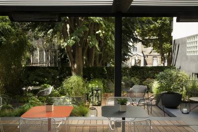 La terrasse de l'hôtel & spa Belle Juliette : bar snacking chic