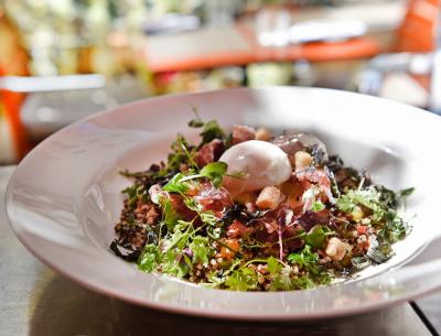 La nouvelle salade healthyBar Long du Royal Mon My Blend au Bar Long du Royal Monceau