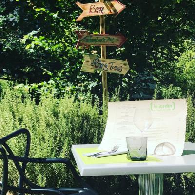 Le baby brunch du jardin un dimanche au vert en famille for Au jardin restaurant paris