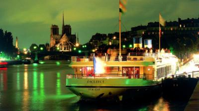 Le réveillon du Nouvel An 2018 sur les Yachts de Paris
