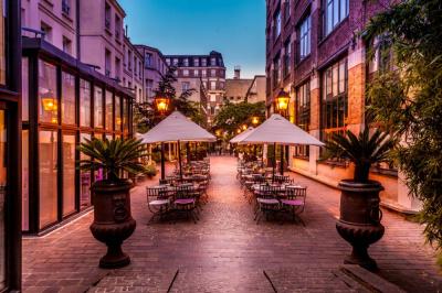 Top 10 des terrasses ouvertes au mois de mai 2016 paris - Terrasse jardin marais villeurbanne ...