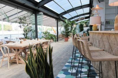 nouvelles terrasses parisiennes ouvertes ce printemps 2017. Black Bedroom Furniture Sets. Home Design Ideas