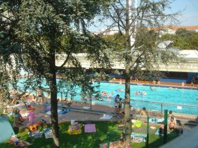 Piscine decouverte a paris