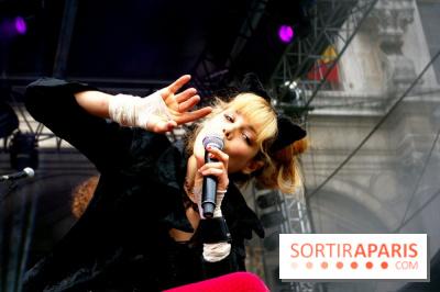 Nadeah au Festival Fnac Live, le jeudi 21 juillet 2011, sur le Parvis de l'Hôtel de Ville