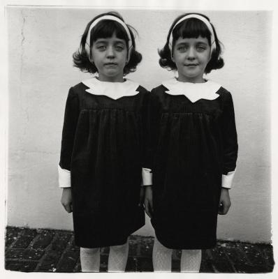 Diane Arbus, Jumelles identiques