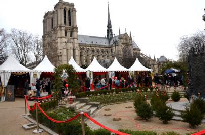 Marché de Noël 2014 sur le Parvis de Notre Dame