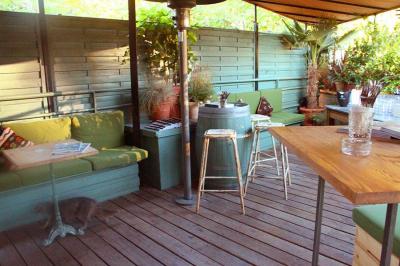 des bbq d 39 automne la brasserie auteuil. Black Bedroom Furniture Sets. Home Design Ideas