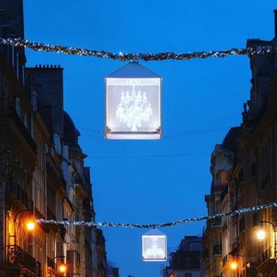 Illuminations de Noël 2016 du Faubourg St Honoré avec Elsa Zylberstein
