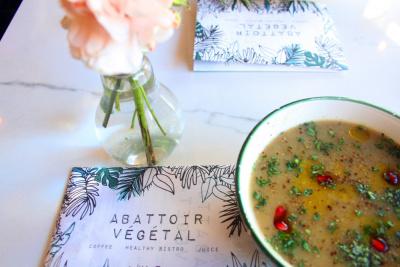 Abattoir Végétal, délicieux restaurant végétarien Mairie du 18e